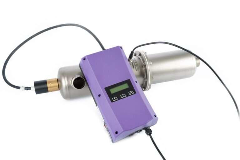 Reaktory przepływowe UVC serii V UVpro dezynfekcja i sterylizacja (1)